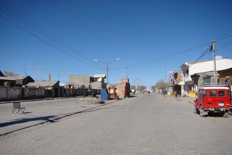 uyuni-street2