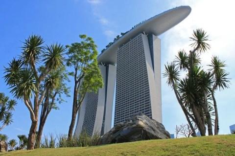 Marina Bay Sands, Singapore – A Very Audacious Architecture!