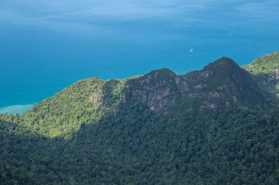 Wilderness & turquoise sea