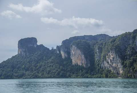 """Island Hopping off Krabi, Thailand with the """"4 Islands Tour"""""""