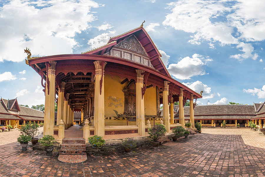 Wat Sisaket Vientiane Laos