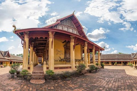 Wat Sisaket – Visiting The Oldest Temple of Vientiane, Laos
