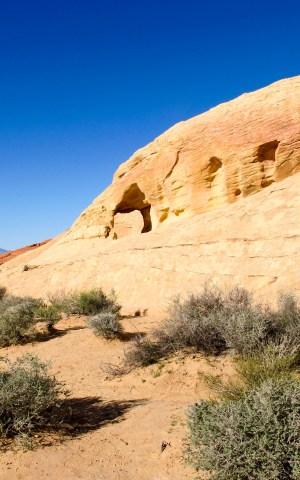 arch.2.white.dome