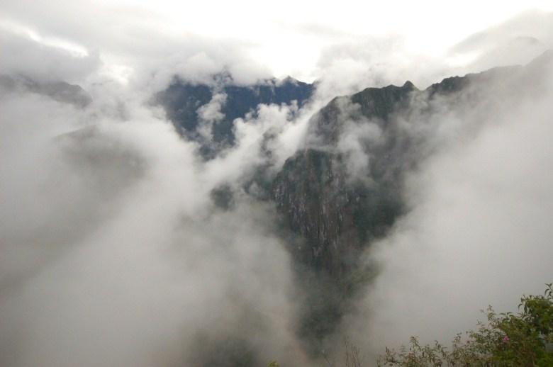 Machu Picchu Peru - ExplorationVacation 2005-12-31_08_05_08
