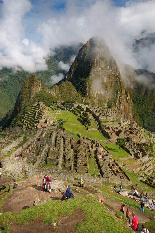 Machu Picchu Peru - ExplorationVacation 2005-12-31_08_43_25%20overview_0