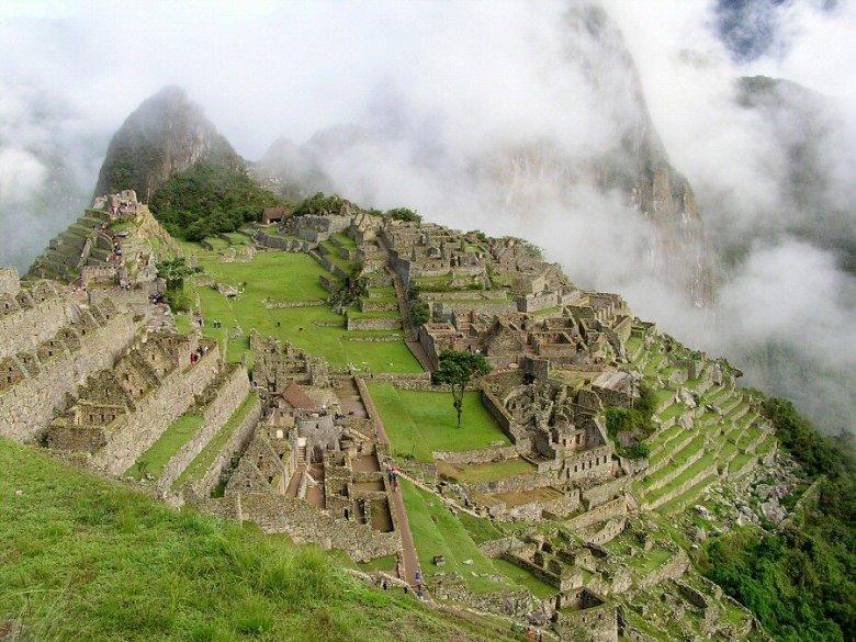 Machu Picchu Peru - ExplorationVacation P1010086_1