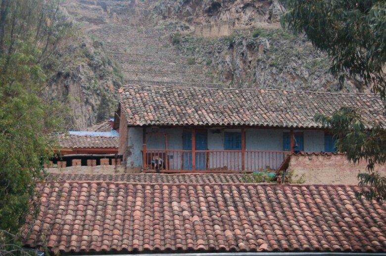 Ollantaytambo Peru - ExplorationVacation 2005-12-30_10_51_30