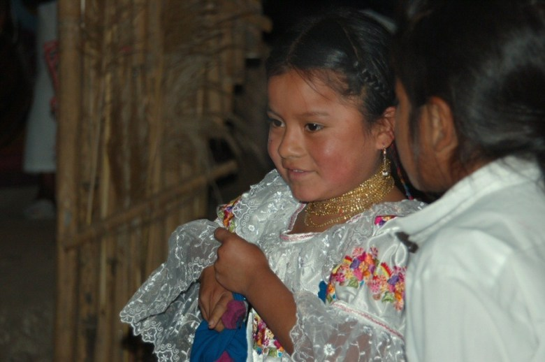 Little dancers Ecuador -ExplorationVacation 2006-01-03_14_14_11
