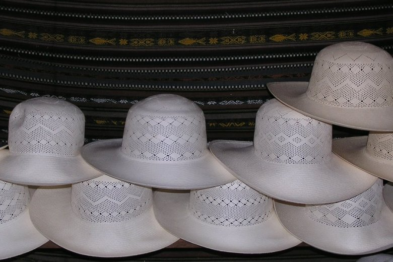 market in Ecuador -ExplorationVacation P1010064 hats for sale.1