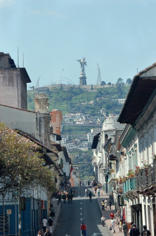 Quito Ecuador - ExplorationVacation2006-01-08_10_40_15