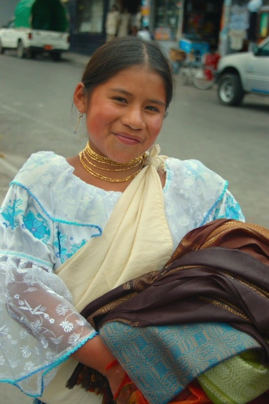 street merchants Ecuador -ExplorationVacation 2006-01-03_12_28_53