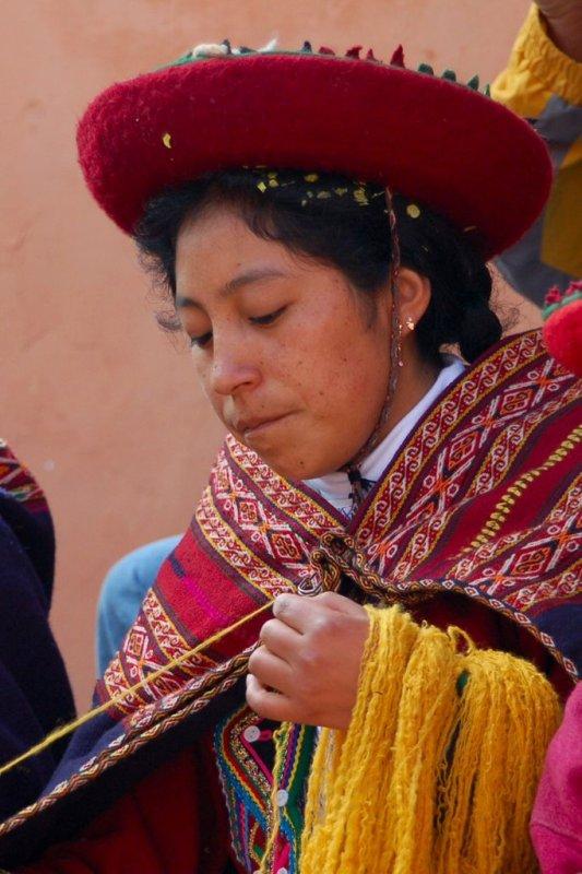 Weaving in Peru - ExplorationVacation 2006-01-01_09_27_40
