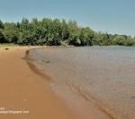 beach in the Apostle Islands - www.ExplorationVacation.net