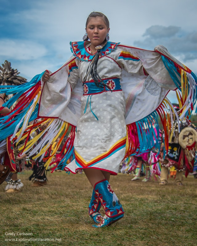 Shawl dance Grand Portage Powwow