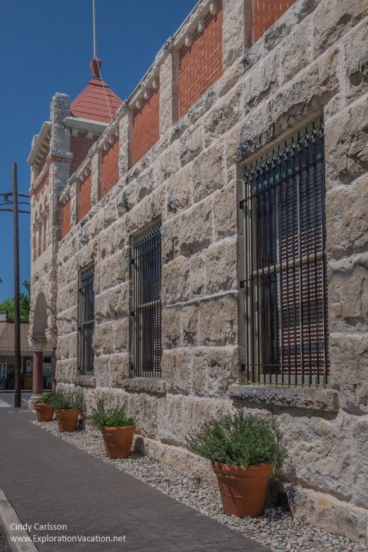 stone buildings Comfort