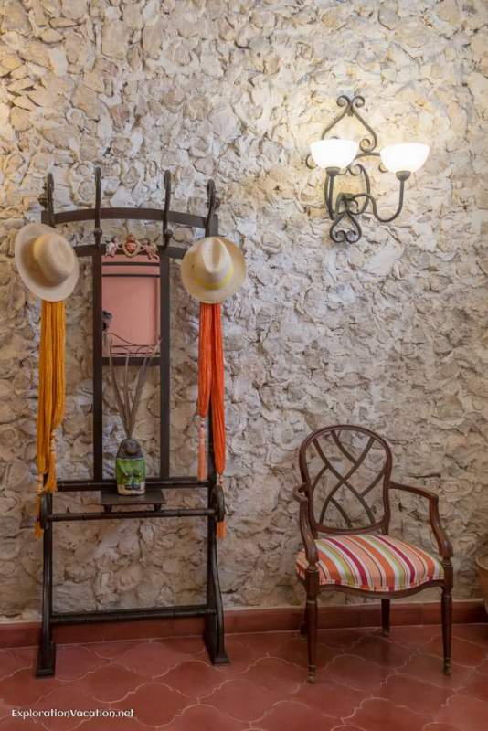 entry house tour in Merida