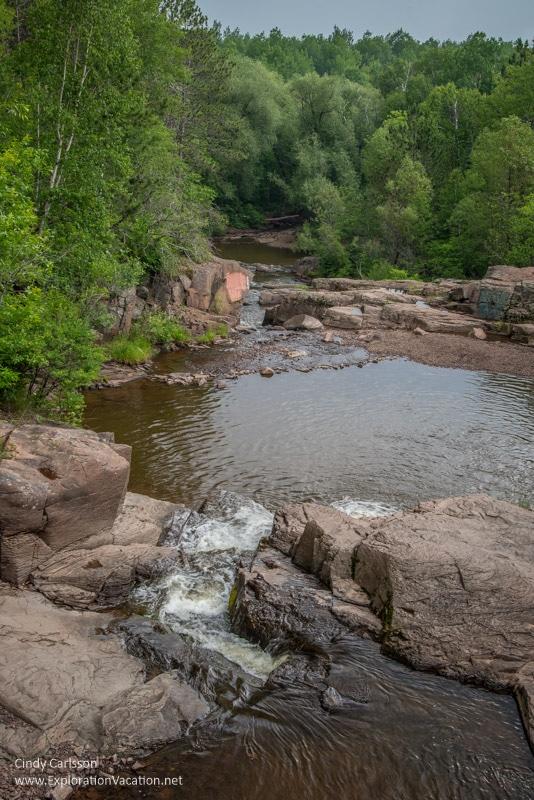 waterfalls along 7 Bridges Road