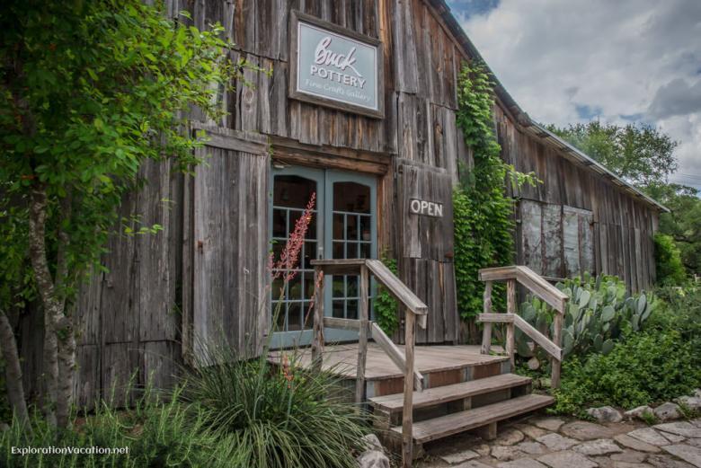 The barn - Historic Gruene Texas - ExplorationVacation.net