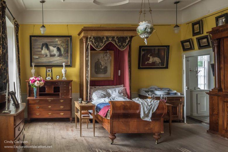 bedroom Julita Manor Sörmland Sweden - www.ExplorationVacation.net