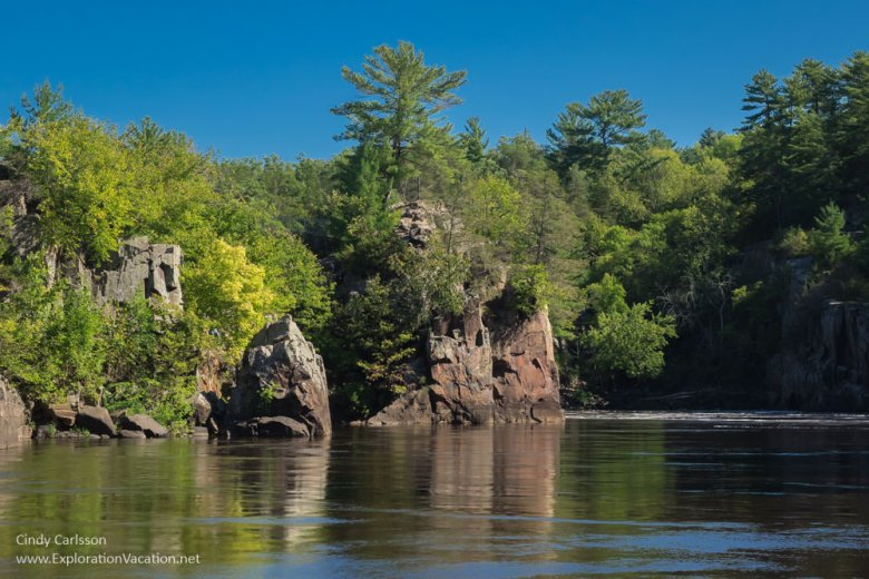 St Croix River cruise through Interstate Park in Minnesota and Wisconsin - www.ExplorationVacation.net