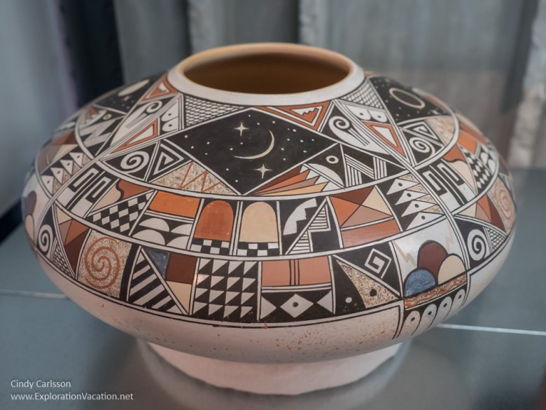 Hopi pottery by Rainy Naha Western Spirit Scottsdale Arizona - www.ExplorationVacation.net