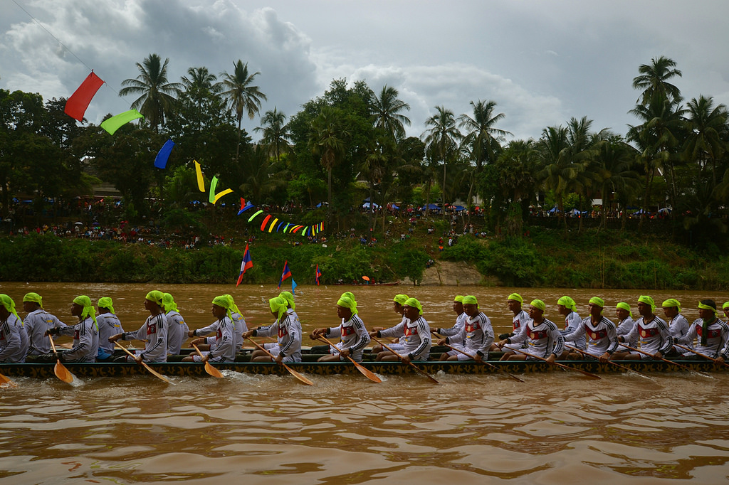luang prabang, laos, lao pdr, boats, long boat, racing, boat racing festival, festival, mekong river, mekong