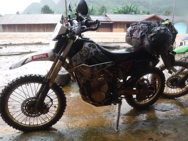 Laos motorbike tour
