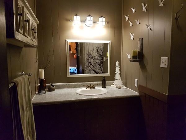 sleepy-hollow-cabin-washroom