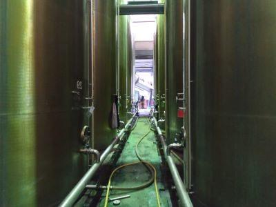 Diferentes tanques de vino de jerez. Tanks containing sherry base wine