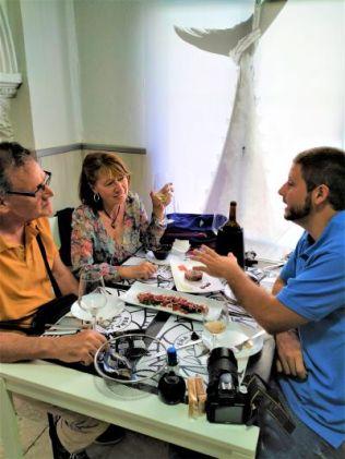 Atún rojo tartar y dados de atún del descargamento con vino de Jerez amontillado Vejer de la Frontera atún rojo almadraba Cadiz