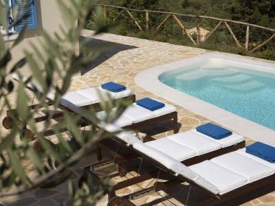 explore-lefkada-eco-friendly-villas-33