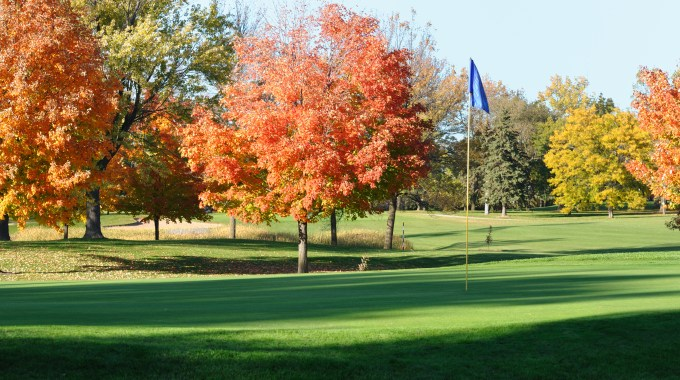 Enjoy Minnesota's Fall Foliage At These 26 Golf Courses