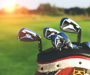 storing your golf clubs