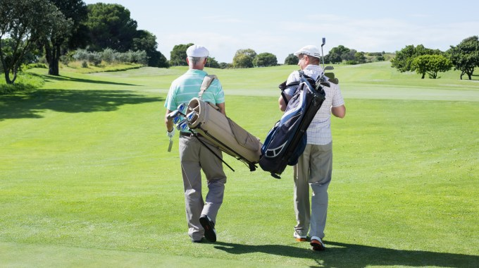 5 Reasons Walking Can Enhance Your Golf Experience