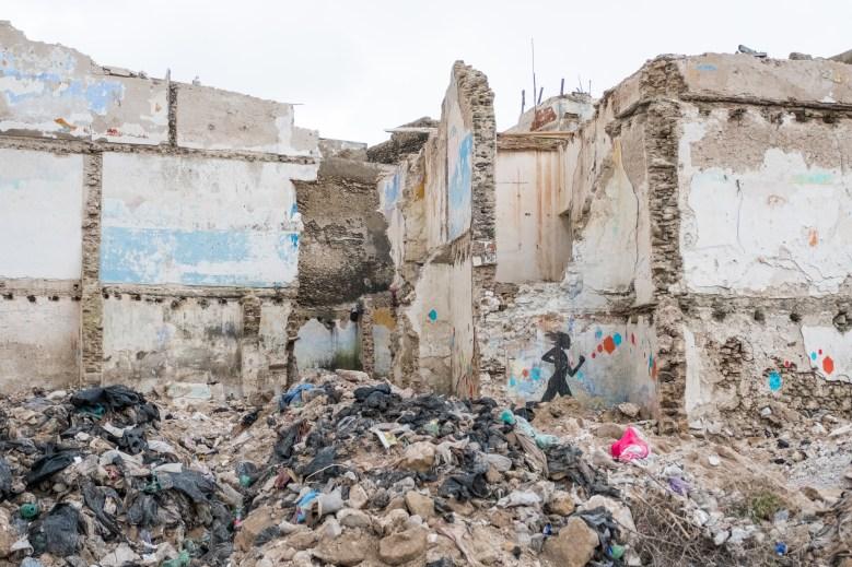 Leider gibt es auch solche Szenen. Eingestürzte Gebäude in Essaouira