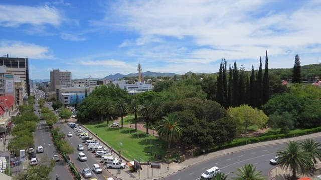 Namibia City Life : Windhoek – 'Air Basin Surrounded by Rolling Mountains'