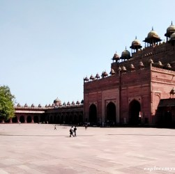 historical building monuments Fatehpur Sikri