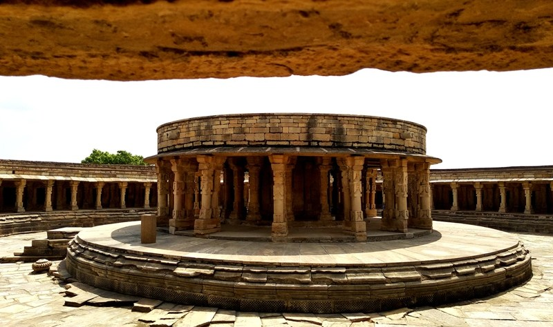how to reach 64 Yogini temple from Gwalior