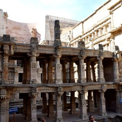 travel guide patan Rani ki Vav
