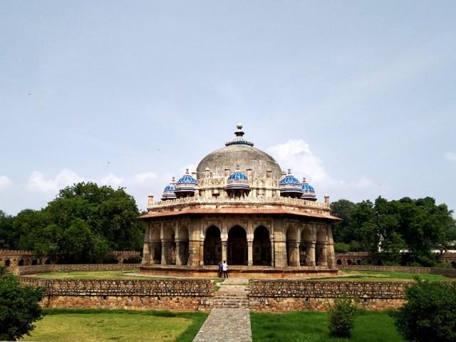 Tomb of Isha Khan in Delhi
