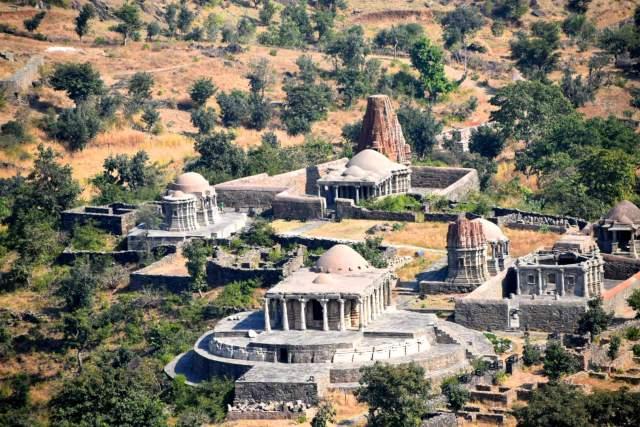 temples within the Kumbhalgarh fort premises