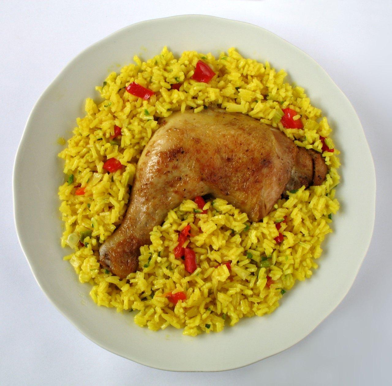 Arroz con pollo. (Photo by Kobako)