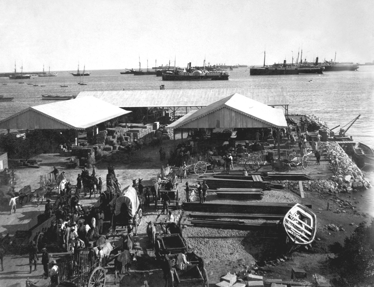 View of the harbor and principal wharf in the city of Ponce, on Puerto Rico, in 1899. (Photo by Interim Archives/Getty Images)