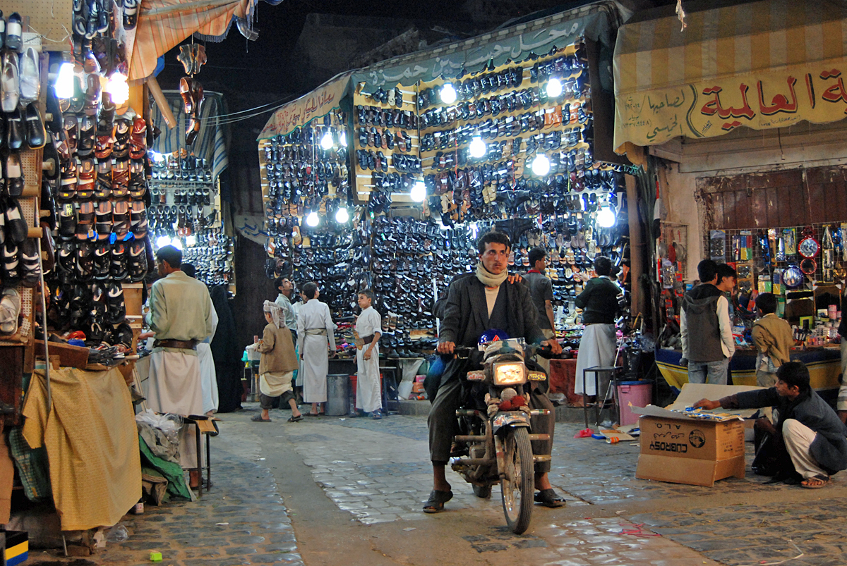 Never a boring moment in the souk!
