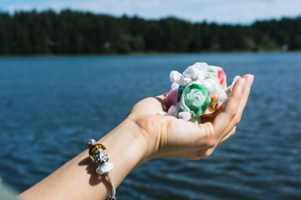 Salt water taffy - foodiesfeed