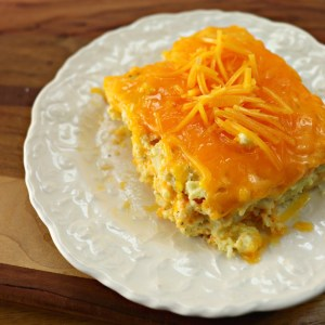 Cauliflower mac and cheese bake, square piece