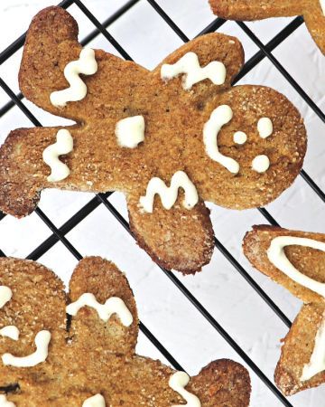 Keto Gingerbread Cookies are low carb, gluten-free smiles with ginger flavor. #lowcarbcookies #ketocookies