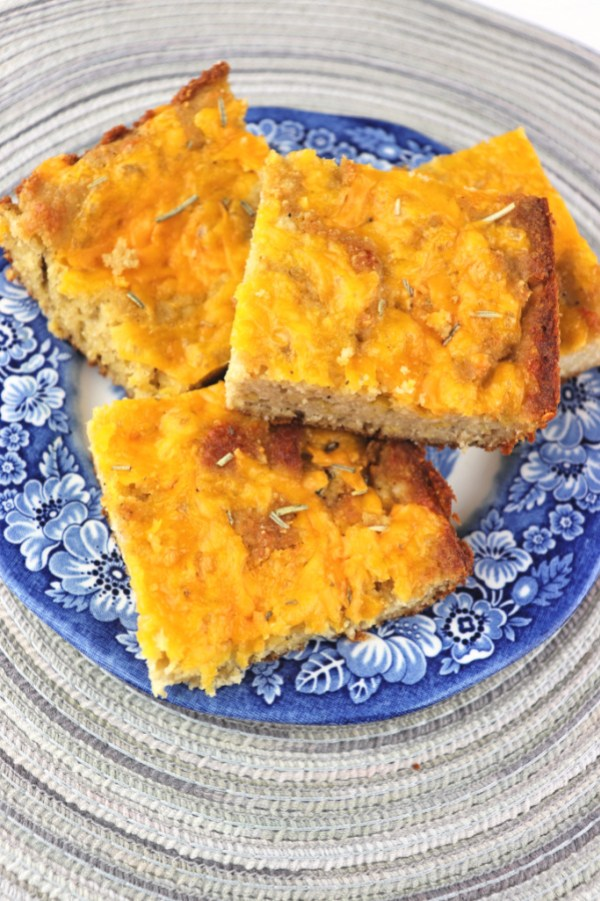 Keto cheddar focaccia, the perfect low carb bread to pair with keto soup or salad. #lowcarbrecipes #ketobread
