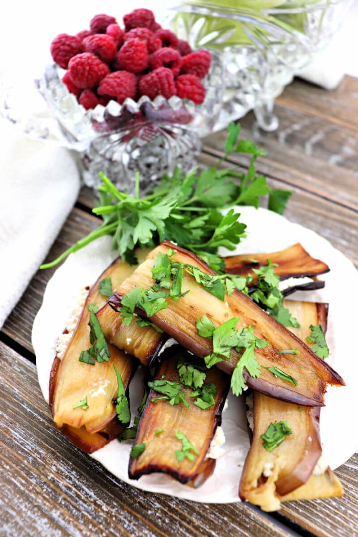 Georgian foods: eggplant with walnuts, garlic, and fenugreek. A fabulous low carb traditional side dish. #ketosides #georgianfoods