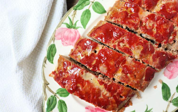 Low carb keto turkey meatloaf is a gluten-free family recipe treat. Moist and full of flavor, it's the best kind of comfort food. #ketorecipes #lowcarbdinner